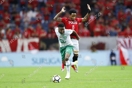 (L-R) Moises Ribeiro (Chapecoense), Rafael da Silva (Reds)