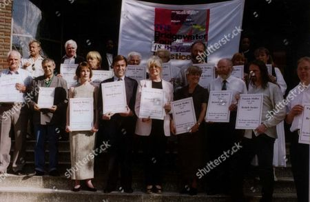 Editorial photo of Jill Morrell John Mccarthy And Group Campaign To Free The Bridgewater 4 At St Aloysius Church Nw1.
