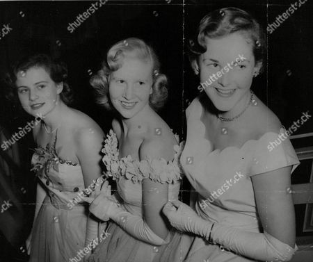 Three Of The Debutantes Attending Queen Charlotte's Birthday Ball. L-r: Cynthia Barnes Margaret Wakefield And Patricia Barry. Box 709 213101649 A.jpg.
