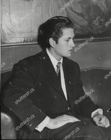 John Barrymore Jnr. Son Of The Famous Actor John Barrymore Pictured In London. Box 709 813101617 A.jpg.