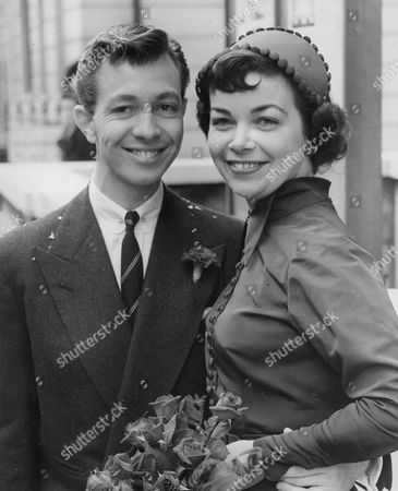 Editorial image of Dancer Keith Beckett And Cabaret Artist Diana Monks After Their Wedding At Marylebone Register Office. Box 710 517101618 A.jpg.