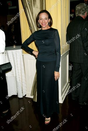 Valerie Harper Attending the 2003 Mr Abbott Stage Directors and Choreographers Foundation Award Gala at the Lighthouse at Chelsea Piers in New York City Valerie is Showing Off Her Newly Svelte Figure! October 27 2003
