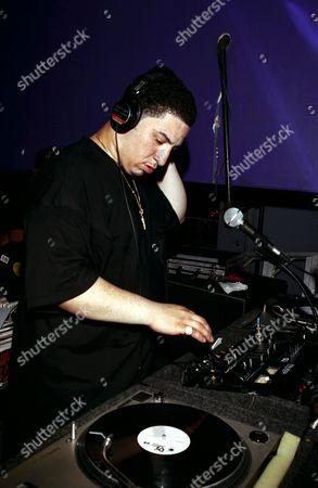 Dj Kid Capri Performing in New York City 1995