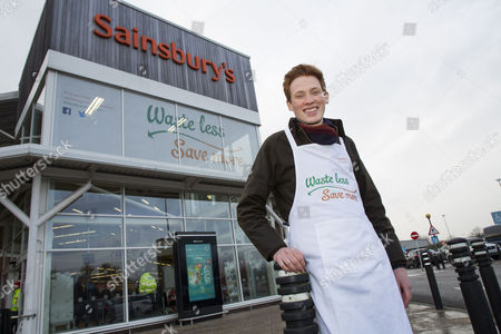 Stock Image of The Sainsbury's Waste less Save more truck arrives at William Allitt School and Sainsburys store in Swadlincote with GBBO Andrew Smyth to cook for pupils some banana pancakes
