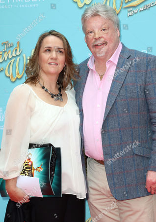 Stock Image of Jun 29 2017 - London England Uk - 'The Wind in the Willows' Musical Gala Performance London Palladium - Red Carpet Arrivals Photo Shows: Simon Weston(credit Image: