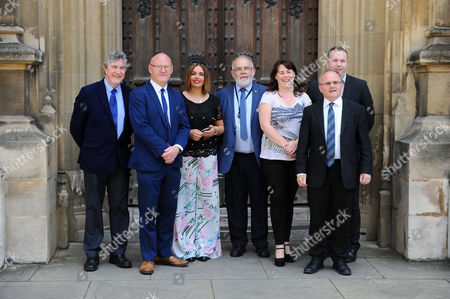 Editorial picture of Sinn Fein give a press conference in London