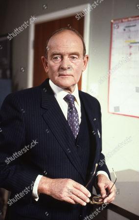 Michael Lees (as Ralph Dobson)