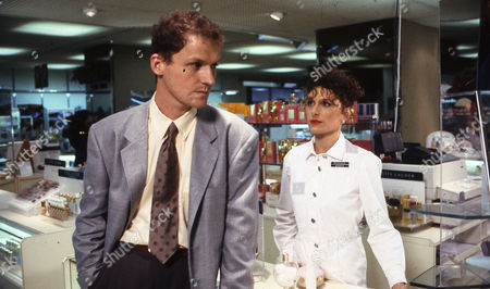 Stock Picture of Peter Gowen (as Simon Beatty) and Amelia Bullmore (as Steph Barnes)