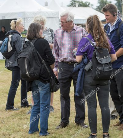 Tv Presenter John Craven Meeting Members Of The Public At The Countryfile Live Event At Blenheim Palace In Oxfordshire. 04/08/2016 Writer David Leafe.