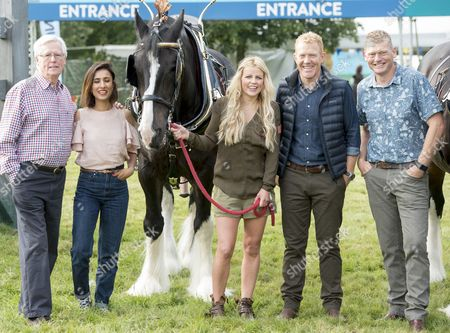 The Countryfile Tv Presenters At The Countryfile Live Event At Blenheim Palace In Oxfordshire. John Craven Anita Rani Ellie Harrison Adam Henson And Tom Heap. 04/08/2016 Writer David Leafe.
