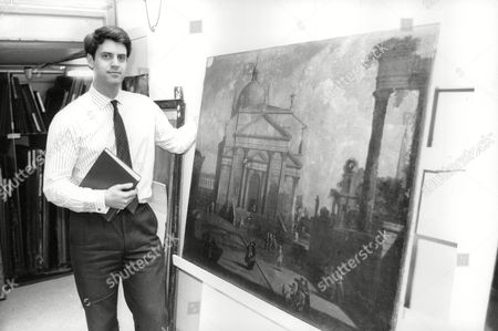 Sotheby's Art Expert Alex Bell With A Canaletto. Box 711 62510161 A.jpg.