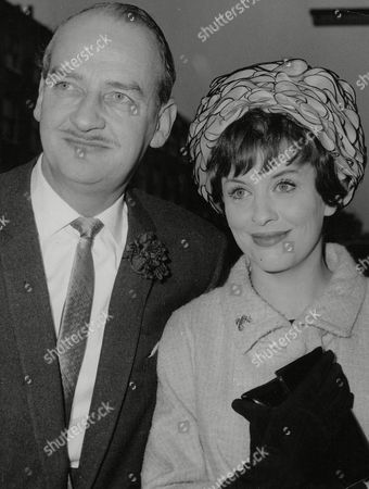 Editorial image of Actress Frances Bennett And Husband John Mcmichael A Leading London Theatrical Agent. Box 712 327101648 A.jpg.