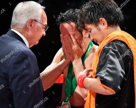 Shinsuke Yamanaka (JPN),  Shin Yamato - Boxing : Shinsuke Yamanaka of Japan cries after losing the WBC bantamweight title bout at Shimazu Arena Kyoto in Kyoto, Japan.