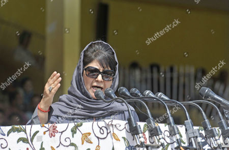 Jammu and Kashmir Chief Minister Mehbooba Mufti addresses on the occasion of 71st Independence Day Celebrations. Mufti welcomed Prime Minister Narendra Modi's remarks that separatism in Jammu and Kashmir will be defeated by embracing Kashmiris and not by violence.