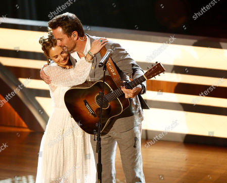 "Clare Bowen and Charles Esten, of the television show ""Nashville"" perform during the 11th annual ACM Honors at the Ryman Auditorium, in Nashville, Tenn. The show won the Tex Ritter Film award"