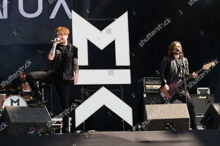Stock Picture of Mallory Knox performing. Mikey Chapman, Sam Douglas