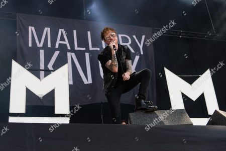 Stock Image of Mallory Knox performing. Mikey Chapman