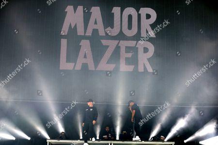 Major Lazer - Diplo, Jillionaire and Walshy Fire