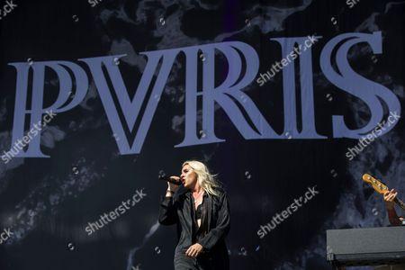 PVRIS - Alex Babinski, Lyn Gunn (aka Lyndsey Gunnulfsen and Lynn Gvnn)