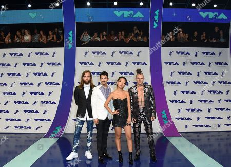 Jack Lawless, Joe Jonas, JinJoo Lee, Cole Whittle Jack Lawless, from left, Joe Jonas, JinJoo Lee, and Cole Whittle of DNCE arrive at the MTV Video Music Awards at The Forum, in Inglewood, Calif