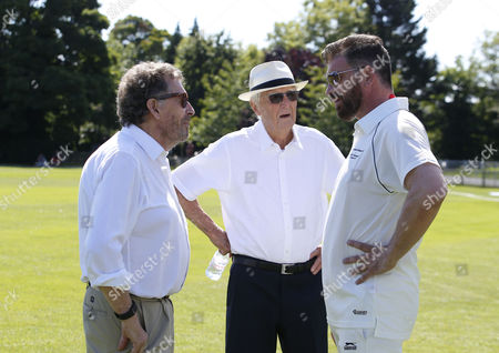 (l-r) Actor Robert Powell with Sir Michael Parkinson and Nick Knowles the TV Presenter