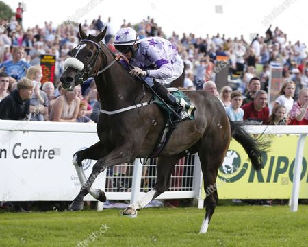 Stock Photo of BAHKIT and Joe Doyle Win the Yorkshire Air Ambulance Handicap for trainer Sally Haynes RIPON RACECOURSE