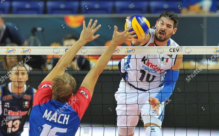 Radek Mach (L) of Czech Republic and Filippo Lanza (R) of Italy in action during the 2017 CEV Volleyball European Championship group B match between Czech Republic and Italy in Szczecin, Poland, 28 August 2017.