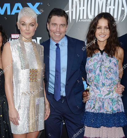 Serinda Swan, Anson Mount and Isabelle Cornish