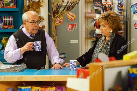 Ep 9244 Friday 8th September 2017 - 1st Ep Rita Sullivan, as played by Barbara Knox, confides in Norris Cole, as played by Malcolm Hebden, how she keeps forgetting things and can't even remember why she made a doctor's appointment .