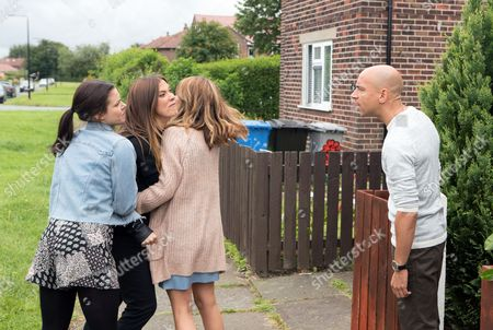Stock Image of Ep 9244(1) Friday 8th September 2017 - 2nd Ep Convinced that Rich planted the drugs, Michelle Connor, as played by Kym Marsh, sets off for his house, determined to have her revenge. Is she playing with fire? As Michelle flies at Rich, as played by Fraser Ayres, accusing him of a whole litany of crimes, Kate Connor, as played by Faye Brookes, and Maria Connor, as played by Samia Longchambon, try to pull her back. Rich swears blind he's innocent