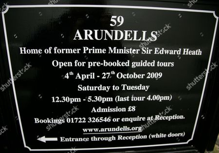 Sign advertising tours for Arundells, the former home of Sir Edward Heath. Salisbury, Wiltshire, England, Britain.