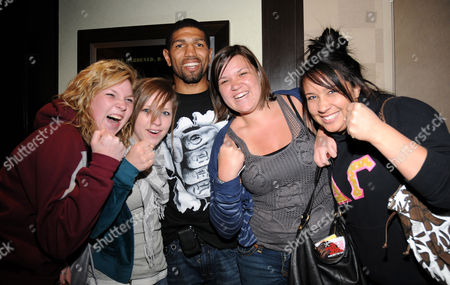 Winky Wright and fans