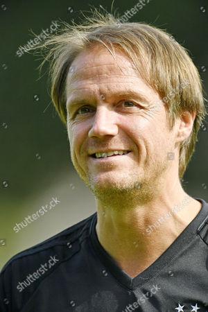 Co-Trainer Thomas Schneider