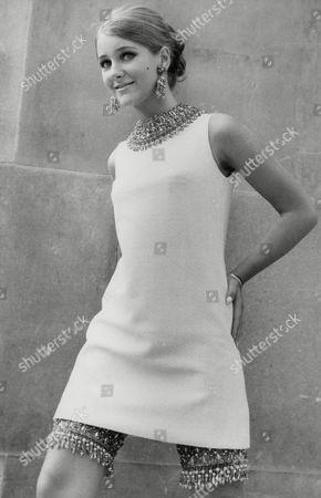 Editorial image of Fashion Model Wendy Birch. Box 717 715111648 A.jpg.