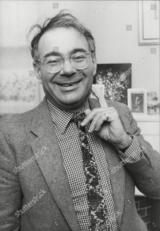Rabbi Lionel Blue Journalist And Broadcaster. Box 719 43011165 A.jpg.