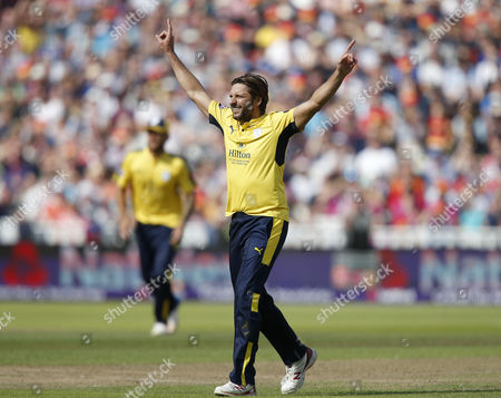 Hampshires Shahid Afridi celebrates the wicket of Notts Outlaws Brendan Taylor