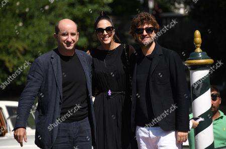 Antonio Albanese, Rocio Munoz Morales, Alessandro Siani