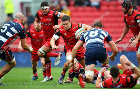 Steve Leonard of Hartpury on the break during the Greene King Championship match between Bristol Rugby and Hartpury at Ashton Gate on September 3, 2017 in Bristol, England. (Photo by Phil Mingo/PPAUK)