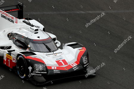The Porsche 919 Hybrid LMP1 from the Porsche LMP Team consists of the Swiss Neel Jani, the German André Lotterer and the British Nick Tandy, competes during the 6 hours of Mexico of the World Championship of Resistance (WEC), taking place at the Autodromo Hermanos Rodriguez, in Mexico City, Mexico, 03 September 2017.