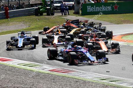 Sergio Perez (MEX#11), Sahara Force India F1 Team, Felipe Massa (BRA#19), Williams Martini Racing, Daniel Ricciardo (AUS#3), Infiniti Red Bull Racing, Daniil Kvyat (RUS#26), Scuderia goalo Rosso, Kevin Magnussen (DNK#20), Haas F1 Team, Nico Huelkenberg (GER#27), Renault Sport F1 Team, Marcus Ericsson (SWE#9) Sauber F1 Team, Pascal Wehrlein (GER#94), Sauber F1 Team