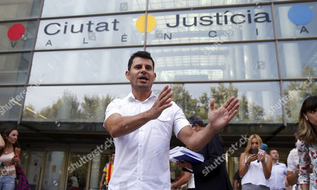 Javier Sanchez Santos, who claims to be son of Spanish singer Julio Iglesias, arrives to court in order to present a paternity suit to claim recognition in Valencia, Spain, 04 September 2017. According to Sanchez Santos, he has a DNA test that proves he is son of the well-known Spanish singer.