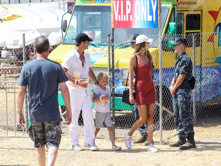 Robin Thicke, April Love Geary and son Julian Fuego Thicke