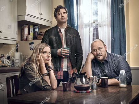 Anja Savcic, Ron Livingston, Will Sasso