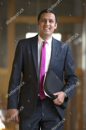 Anas Sarwar, Scottish Labour Leader candidate