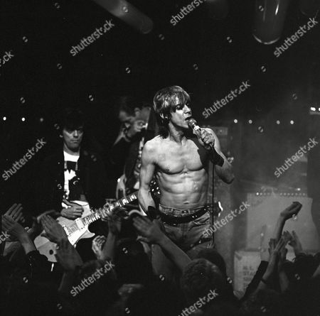 'The Tube' - Iggy Pop with Frank Infante (L)