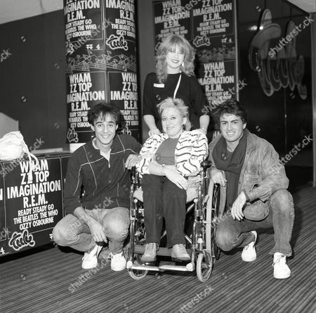 Wham - Andrew Ridgley and George Michael and fans