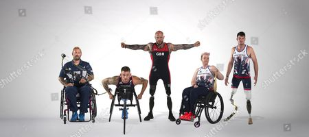 Stock Image of 2016 Summer Paralympics Rio Brazil Preview. Some Of The Elite Military Athletes Supported By Help For Heroes. L-r Mikey Hall (archery) Joe Townsend (para-triathlon) Micky Yule (powerlifting) Jo Butterfield (atletics/field) Dave Henson (athletics/track).