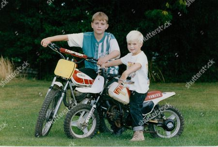Oliver (left) And Nick Bond Son's Of Duncan Bond Who Have Been Reunited With Their Father After He Served A Three Month Prison Sentence For Kidnapping Teenager Gavin Last Who He Believed Could Lead Him To The People Responsible For Stealing Their Motorbikes. Vigilante Story. Box 720 1005121638 A.jpg.