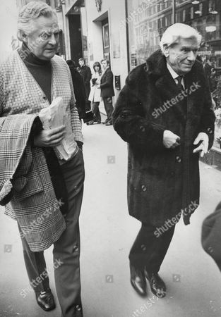 Stock Image of Actors Derek Bond (left) And Andre Morell. Box 720 305121626 A.jpg.