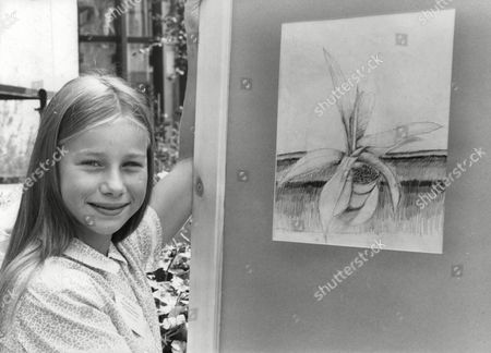 Imogen Boorman Young Actress With Her Drawing 'cactus On The Floor'. Box 720 60512167 A.jpg.